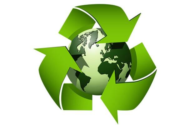 Jak praktycznie zorganizować miejsce na pojemniki do selekcji odpadów?